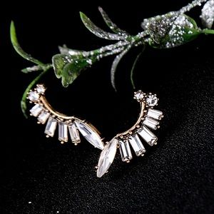 Jewelry - Gold Tone Gladiator Crystal Ear Crawler Earrings